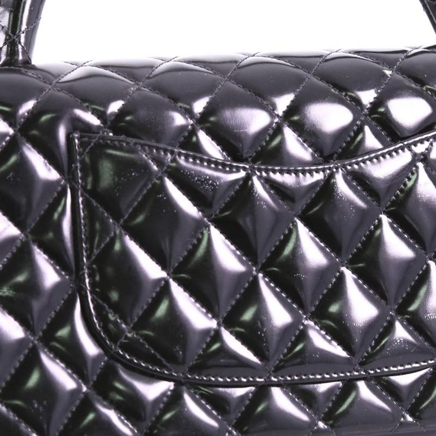 4e02b0fbf9d67d Chanel Vintage Twin Top Handle Flap Bag Quilted Patent Medium For Sale at  1stdibs