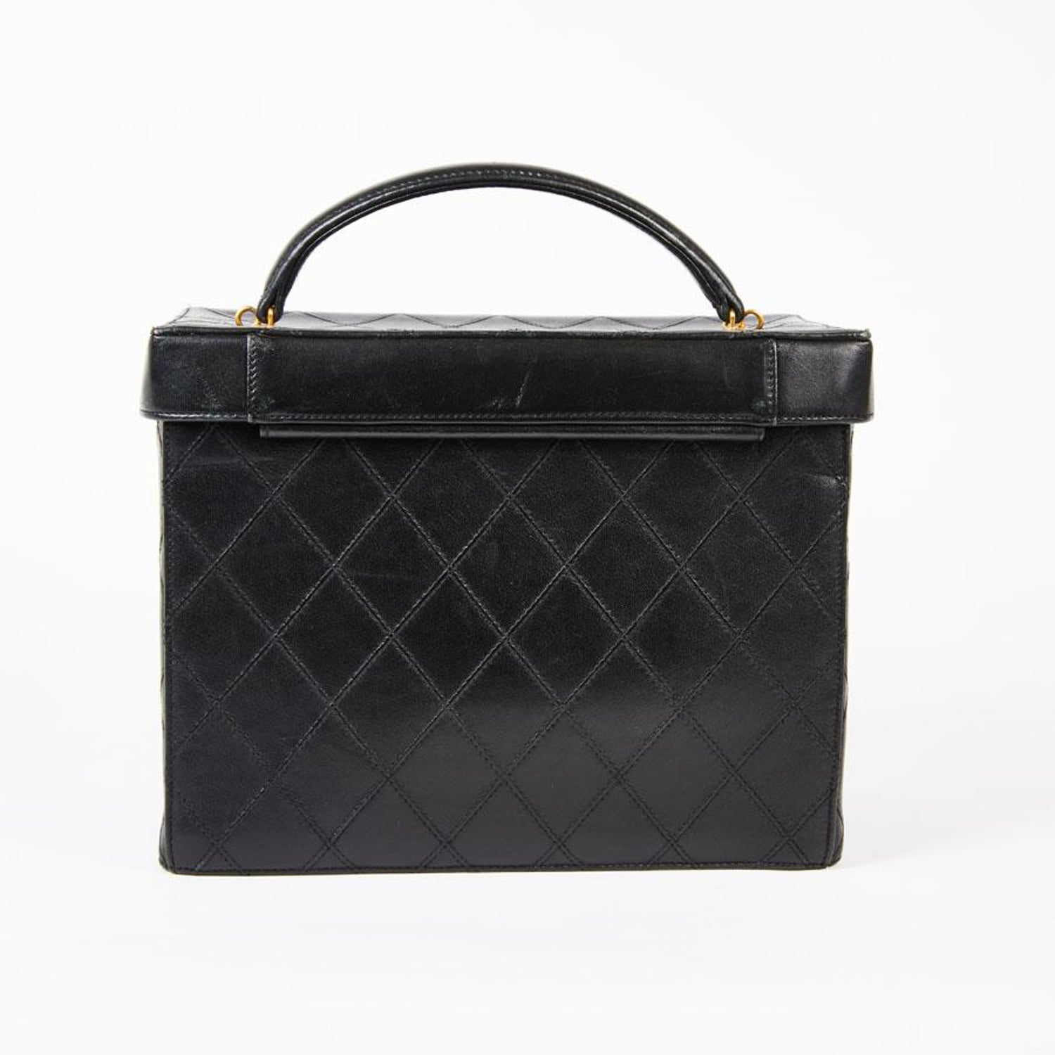 2b991fc487d4 CHANEL Vintage Vanity Case in Black Smooth Quilted Lambskin Leather at  1stdibs