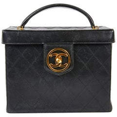 CHANEL Vintage Vanity Case in Black Smooth Quilted Lambskin Leather