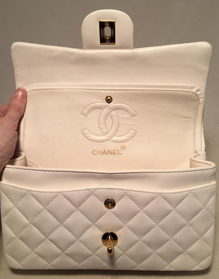 58fe4b98becacb Chanel Vintage White 9 inch 2.55 Double Flap Classic Shoulder Bag For Sale 3