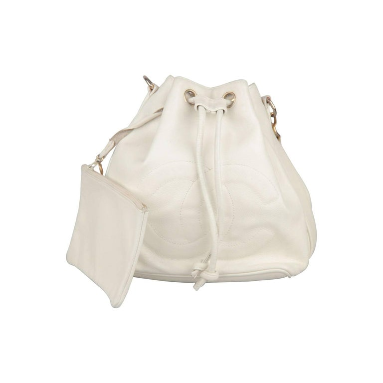 CHANEL Vintage White Leather DRAWSTRING BAG with CC LOGO For Sale at ... 3e8dc1eaea
