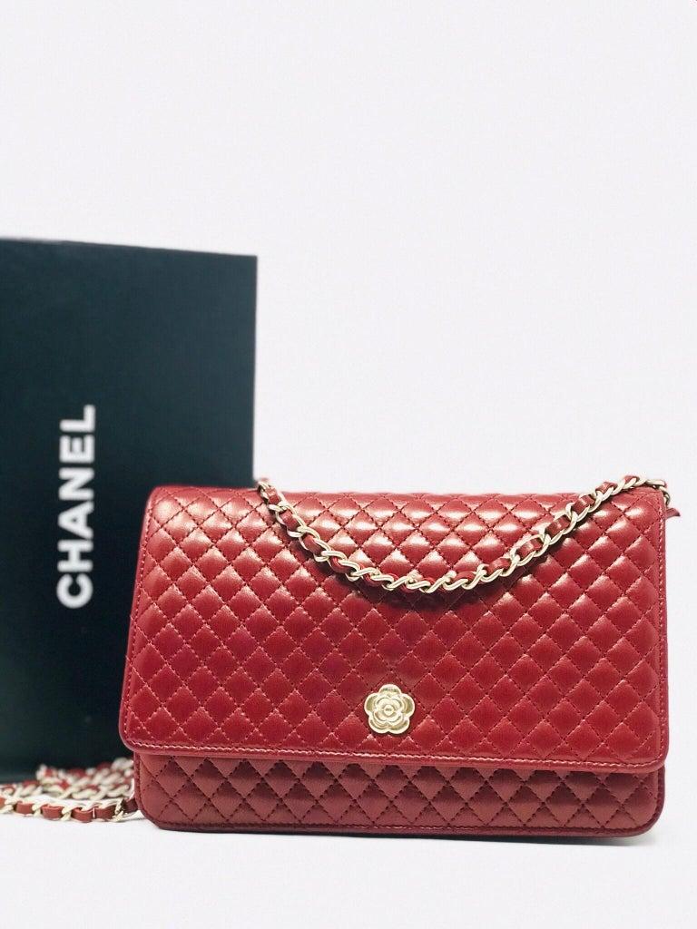 Chanel Wallet on Chain Lambskin Leather Bordeaux .2008 In Good Condition In Milan, IT