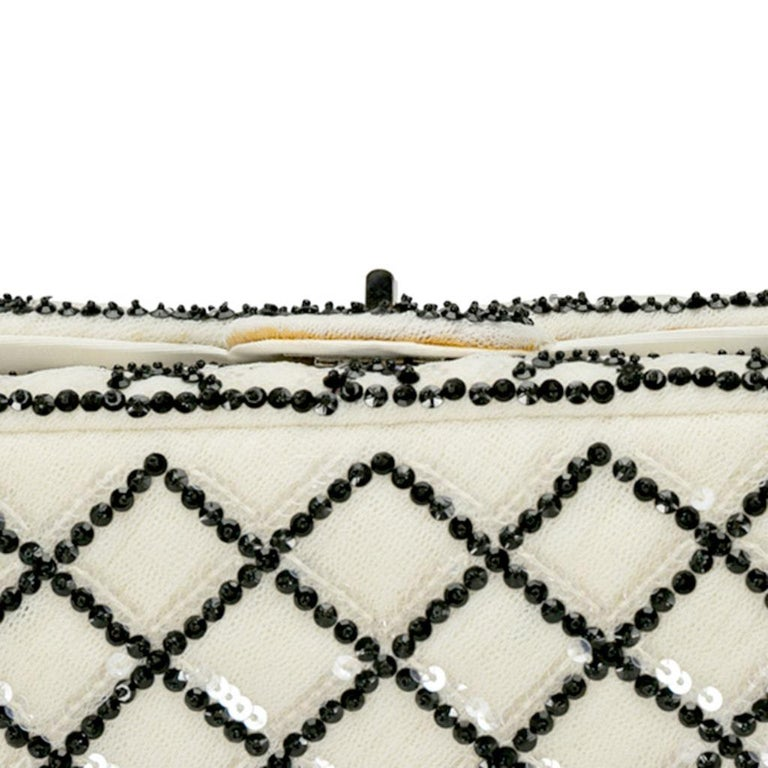 Chanel White/Black Sequinned Mesh Limited Edition 2.55 Reissue Flap Bag For Sale 6