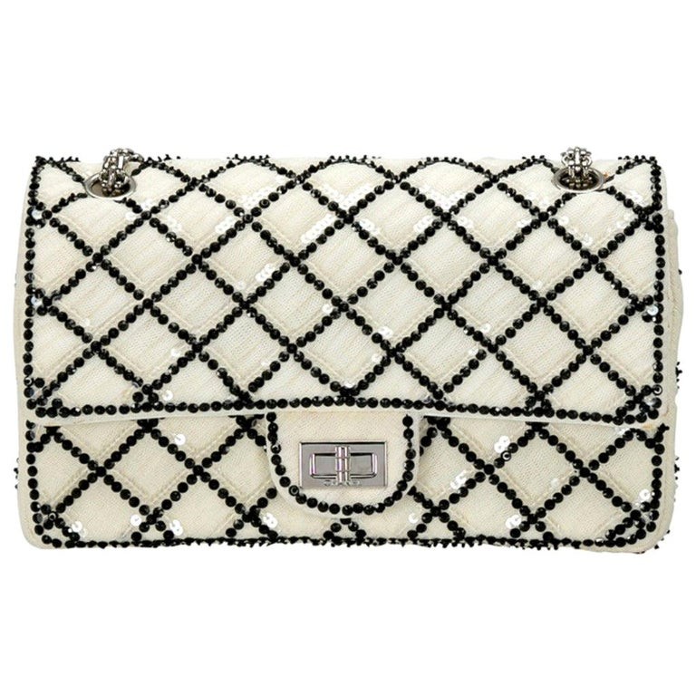 Chanel White/Black Sequinned Mesh Limited Edition 2.55 Reissue Flap Bag For Sale