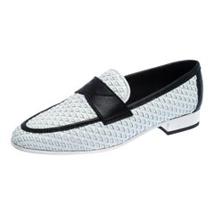 Chanel White/Black Woven Leather CC Slip On Loafer Flats Size 38
