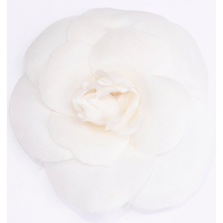 Chanel White Camellia Flower Pin in Original Chanel Gift Box For Sale 2