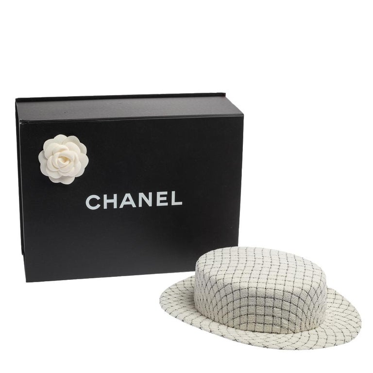Chanel White Fantasy Tweed Boater Hat L For Sale 7
