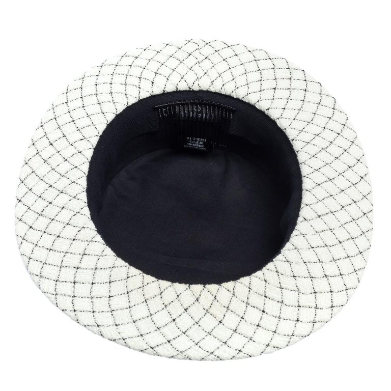 Women's Chanel White Fantasy Tweed Boater Hat L For Sale
