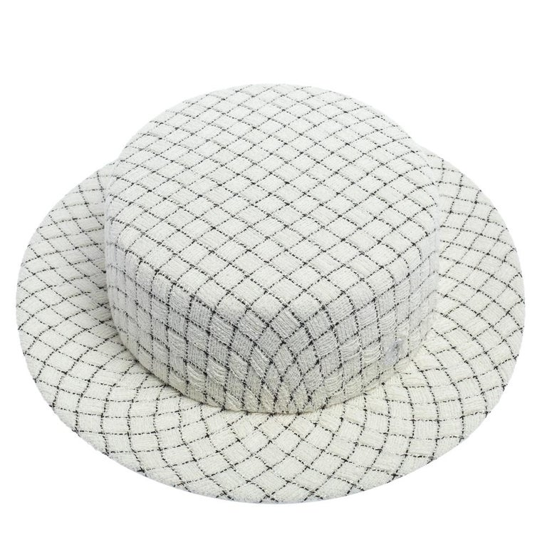 Chanel White Fantasy Tweed Boater Hat L For Sale 1