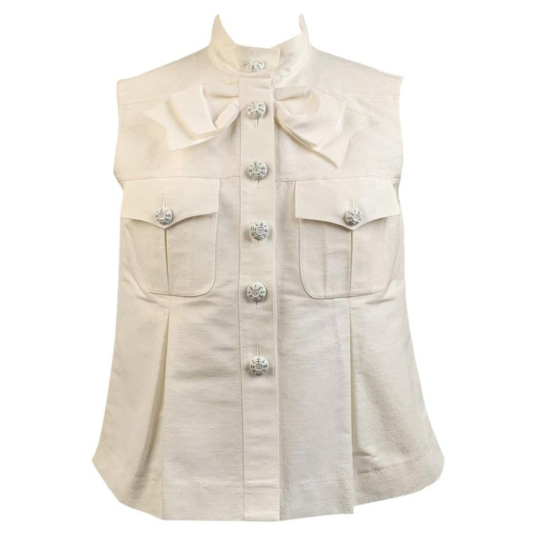 Chanel White GrosGrain Vest Sleeveless Top with Bow Size 36 For Sale