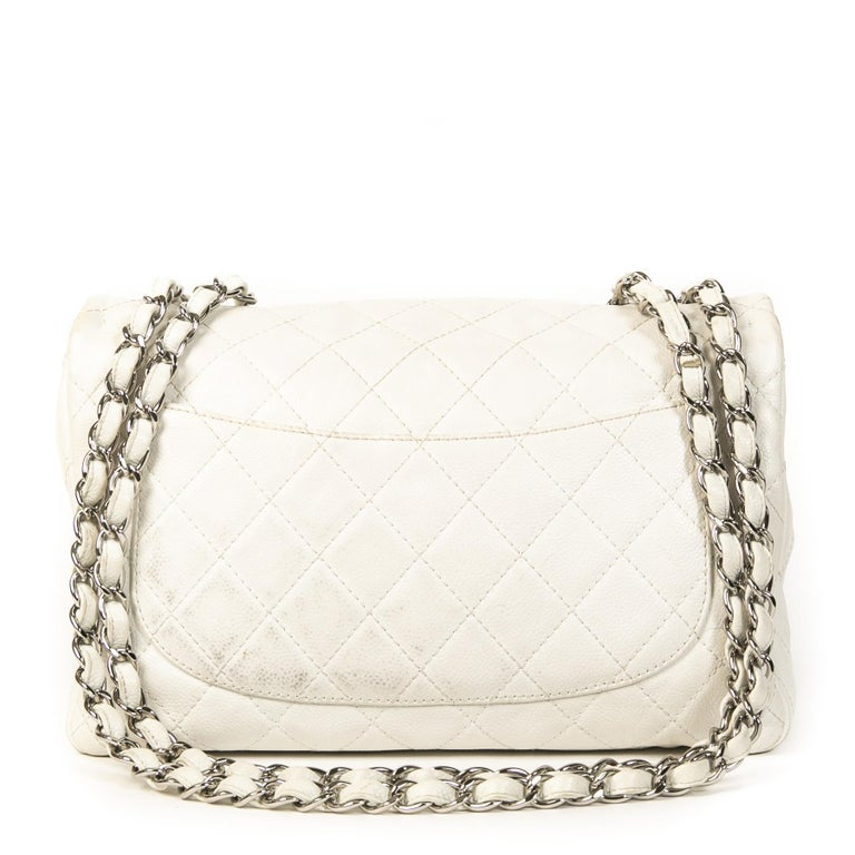 Chanel White Leather Jumbo Classic Single Flap Bag In Good Condition For Sale In Antwerp, BE