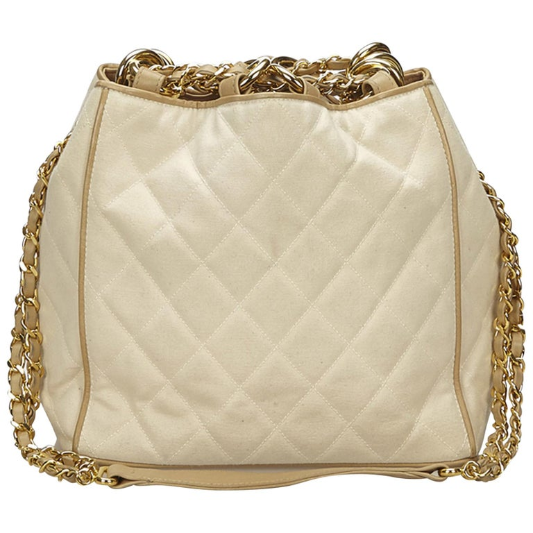 Chanel White Matelasse Chain Shoulder Bag by 1 Stdibs
