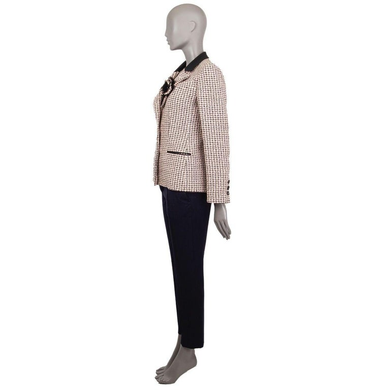 Beige CHANEL white & pink cotton HOUNDSTOOTH Tweed Jacket 38 S For Sale