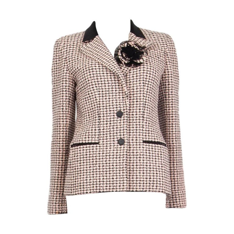 CHANEL white & pink cotton HOUNDSTOOTH Tweed Jacket 38 S For Sale