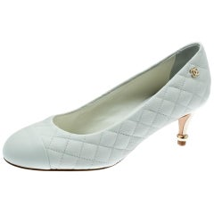 Chanel White Quilted Leather Cap Toe CC Pumps Size 35