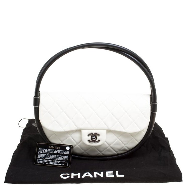f217211d7b36 Chanel White Quilted Leather Hula Hoop Bag For Sale 7