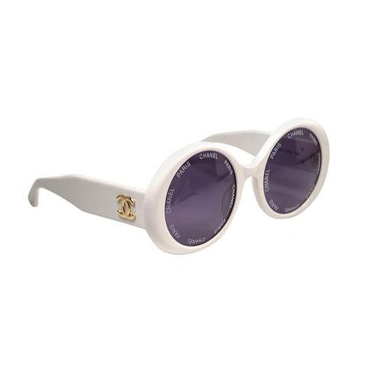 Chanel White Rare 1993 Spring Summer Runway Vintage Sunglasses In Good Condition For Sale In Miami, FL