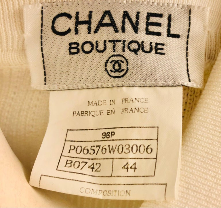 Women's Chanel White Short Sleeves Knitted Cotton Cardigan  For Sale