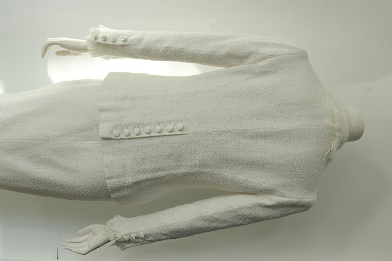 Chanel white suit  For Sale 2