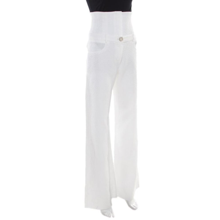Chanel White Textured Cotton High Waisted Wide Leg Trousers S In Excellent Condition For Sale In Dubai, Al Qouz 2