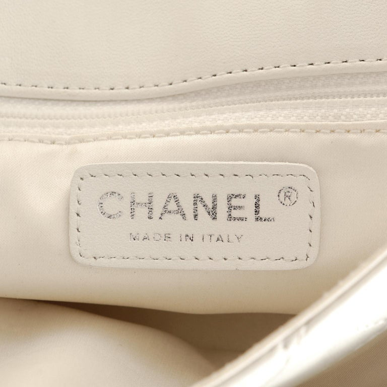 Chanel White Topstiched Leather Flap Bag For Sale 4