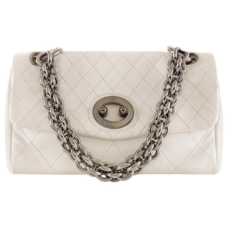 Chanel White Topstiched Leather Flap Bag For Sale