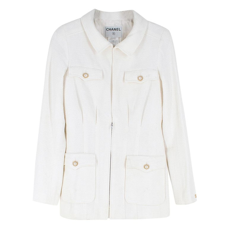 Chanel White Tweed Classic Jacket - Size US 4 In Good Condition In London, GB