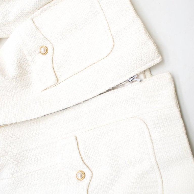 Chanel White Tweed Classic Jacket US 4 3