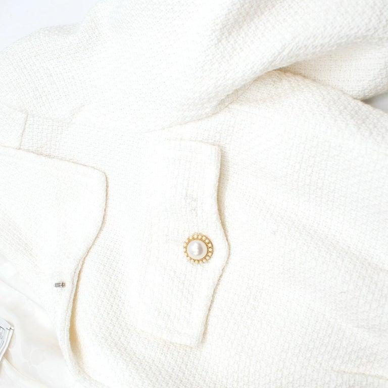 Chanel White Tweed Classic Jacket US 4 4