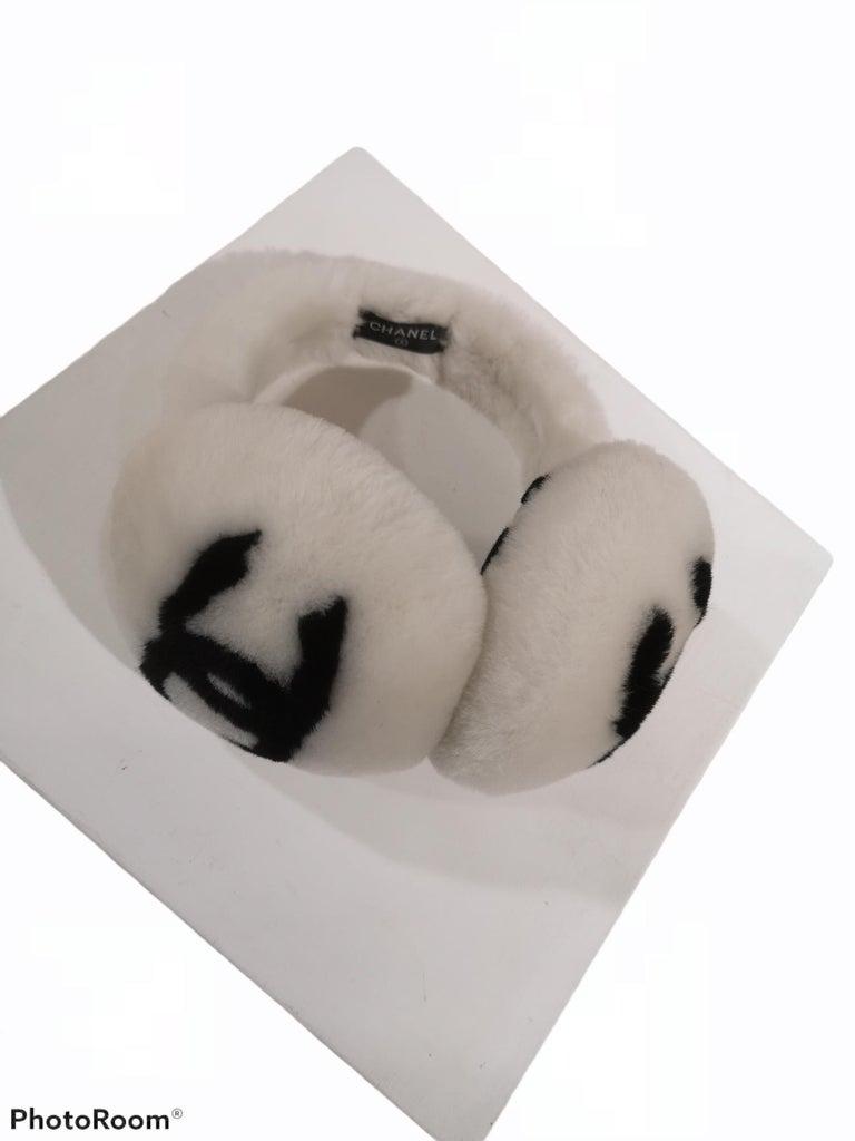 Gray Chanel White with black CC logo earmuffs  For Sale