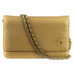 CHANEL WOC Shoulder bag in Gold Leather