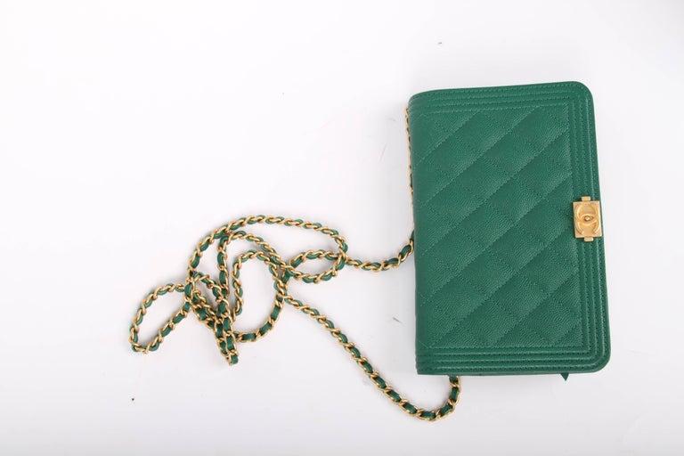 542e5a6ac75d7 Women s Chanel WOC Wallet on Chain Boy Bag - emerald green For Sale