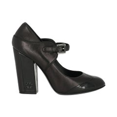 Chanel Woman Pumps Black Leather IT 39.5