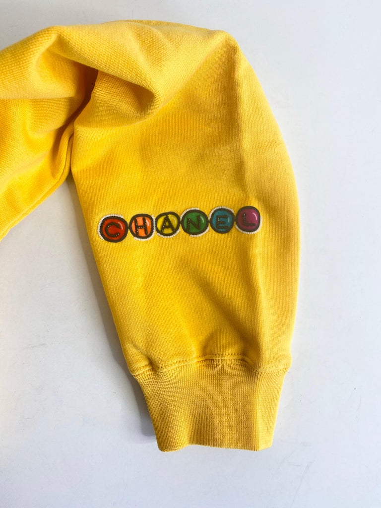 Chanel x Pharrell 2019 Chanel Appliqué Sunflower Yellow Hoodie  For Sale 11