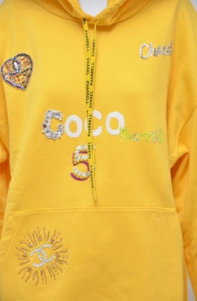 Women's or Men's Chanel x Pharrell 2019 Chanel Appliqué Sunflower Yellow Hoodie  For Sale
