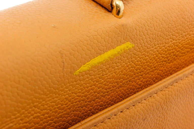 Chanel Yellow Caviar Leather Business Messenger Bag For Sale 1