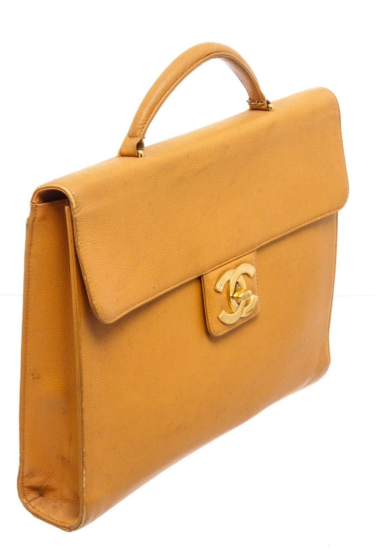 Chanel Yellow Caviar Leather Business Messenger Bag For Sale 3
