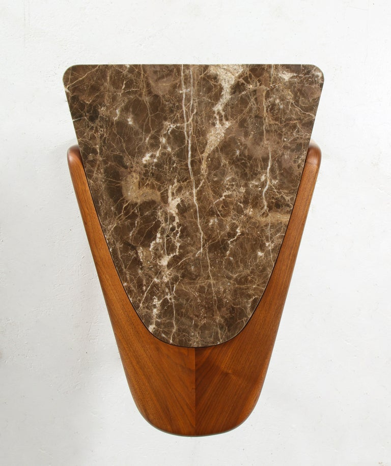 Chaplin End Table in Wood & Stone Offered by Vladimir Kagan Design Group In Good Condition For Sale In Clifton, NJ
