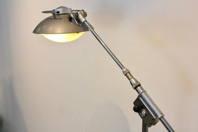 Characteristic 'Model 219S' Industrial Floor Lamp by Louis Ferdinand Solère For Sale 1