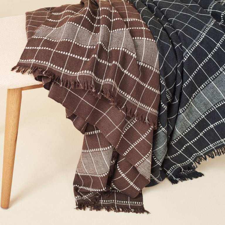 Charco Black Handloom Throw / Blanket In Organic Cotton  For Sale 1