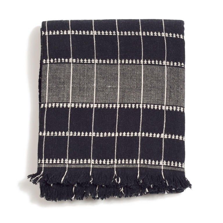 Charco Handloom Throw / Blanket In New Condition For Sale In Bloomfield Hills, MI