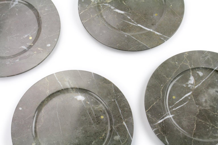 Hand-Carved Charger Plates in Grey Marble, Handmade Made Italy, Set of 4 For Sale