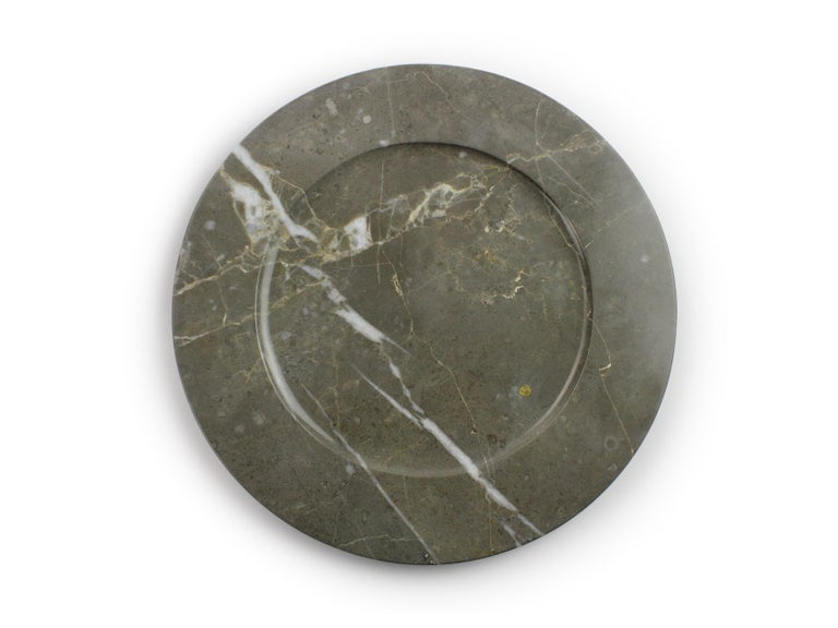 Contemporary Charger Plates in Grey Marble, Handmade Made Italy, Set of 4 For Sale