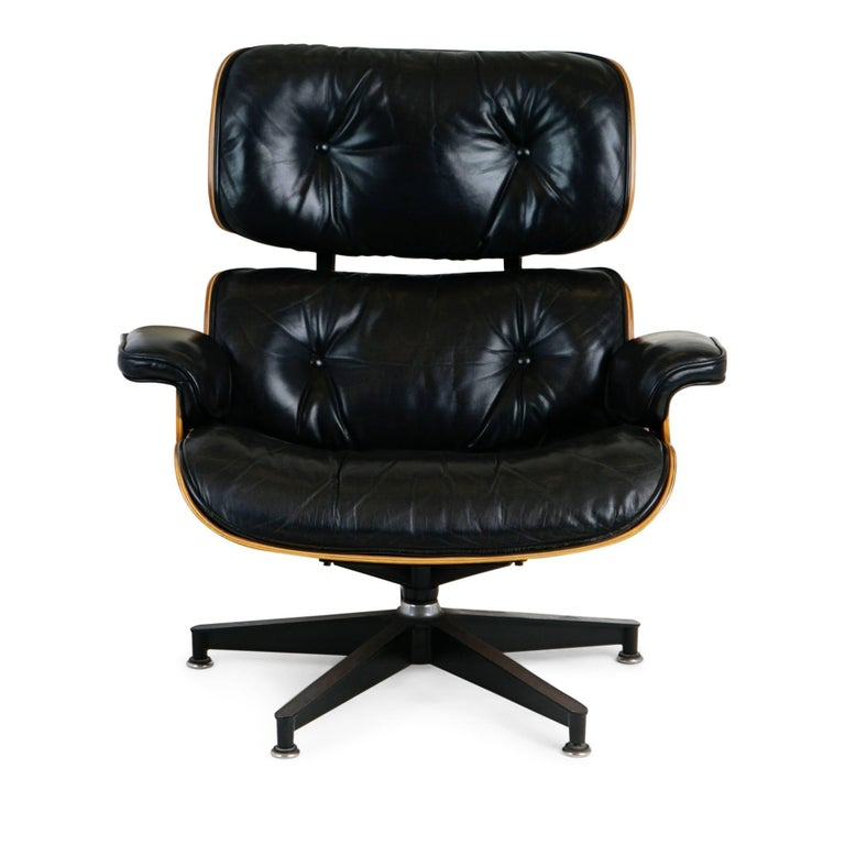 Eames Stoel Lounge.Charles And Ray Eames Lounge Chair And Ottoman For Herman Miller