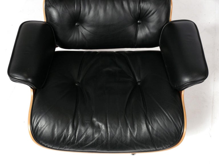 Metal Charles and Ray Eames 670 671 Lounge Chair and Ottoman For Sale