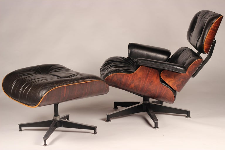 Mid-Century Modern Charles and Ray Eames 670 Rosewood Lounge Chair and 671 Ottoman