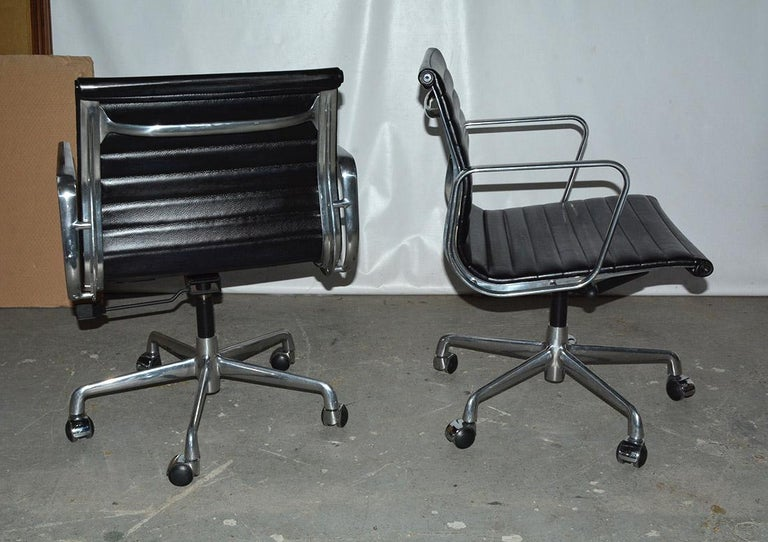 Mid-Century Modern Charles and Ray Eames Black Leather Executive Armchairs, Sold Singly For Sale
