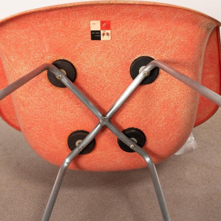 Charles and Ray Eames DAX Salmon Armchair Herman Miller 'Zenith Plastics' 9