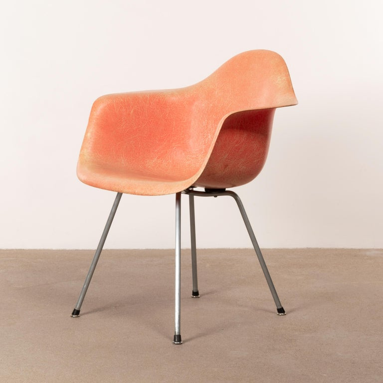 Steel Charles and Ray Eames DAX Salmon Armchair Herman Miller 'Zenith Plastics'
