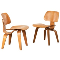 Charles and Ray Eames Early DCW Mahogany Dining Chairs for Evans Products, 1945